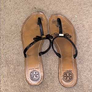 Tory Burch 8.5 Black Patent Leather Sandals